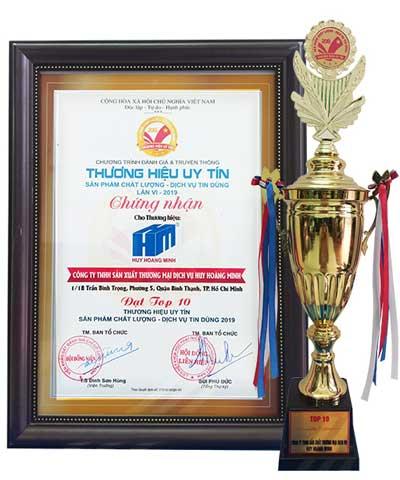 Công Ty TNHH SX TM DV Huy Hoàng Minh  vinh dự nằm trong top 10 thương hiệu uy tín năm 2019