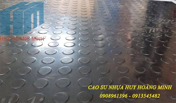 Thảm cao su lót sàn hình Đồng Tiền